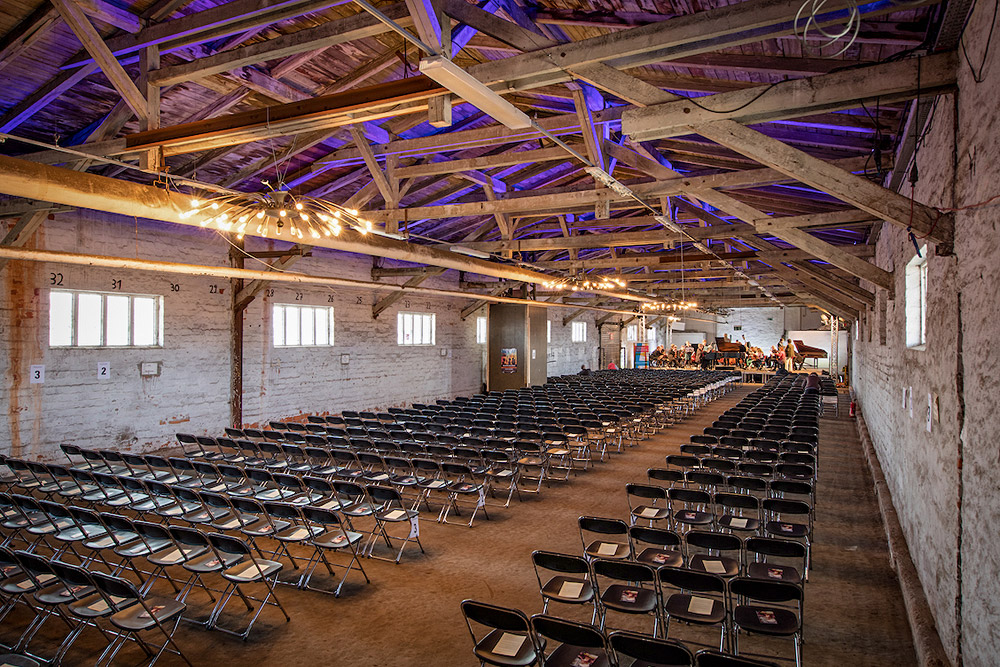 Zughafen Erfurt - Halle 6 - Konzerte